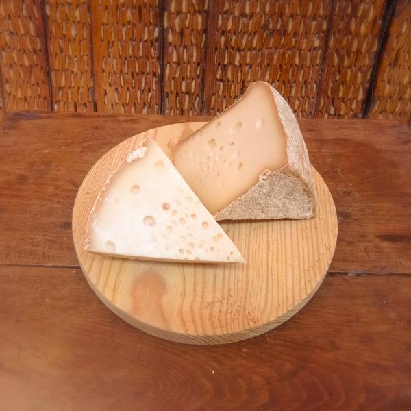 queso mito pasta cocida de oveja y afinado en cueva