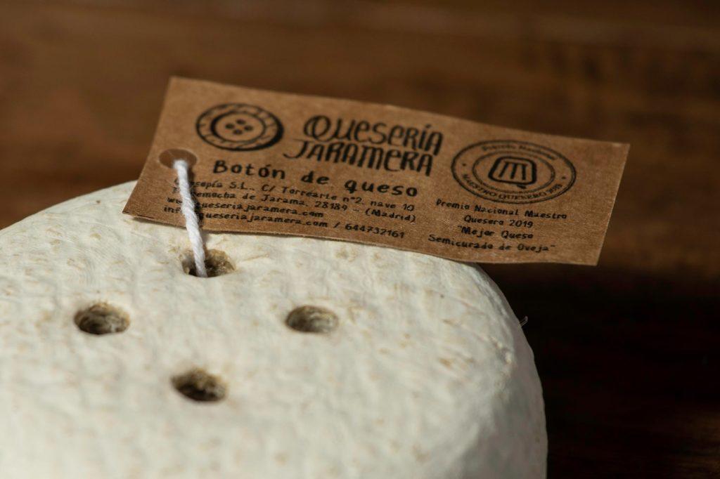 queso Botón de queso artesano de oveja