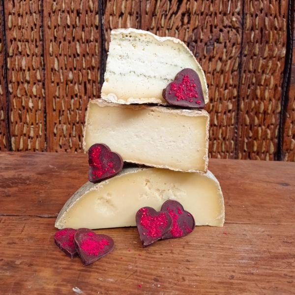 cesta de quesos de pasta dura